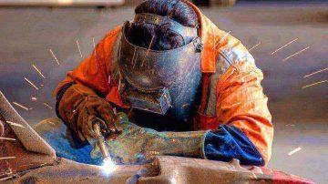 ساخت حفاظ و نرده فلزی پنجره
